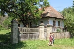 A leendő múltmentő múzeumház, előtte a jövő