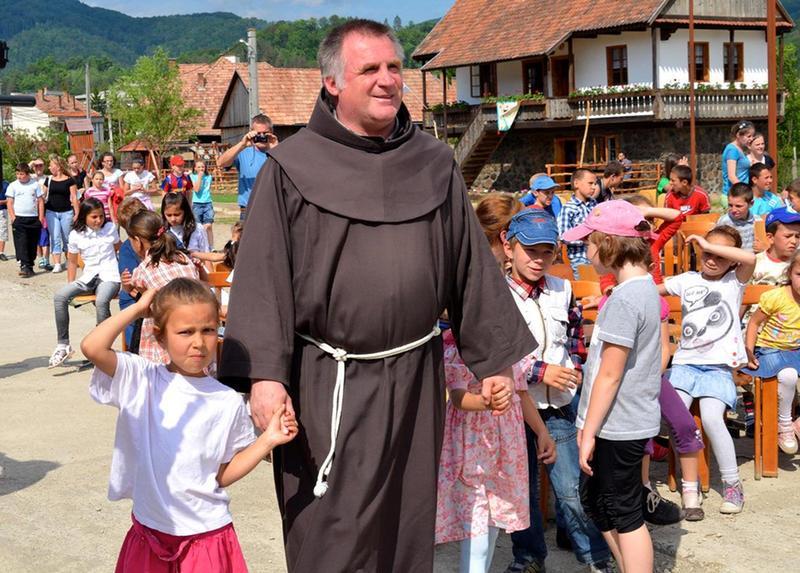 Negyedszázad a gyermekek szolgálatában - Beszélgetés Böjte Csaba ferences szerzetessel
