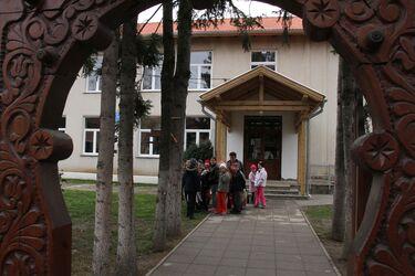 Bodoki Henter Károly-iskola